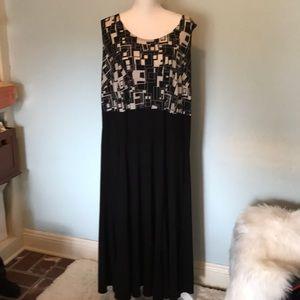 Plus size 20W Dress Barn black and cream color